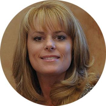 Kimberly Clifton Headshot